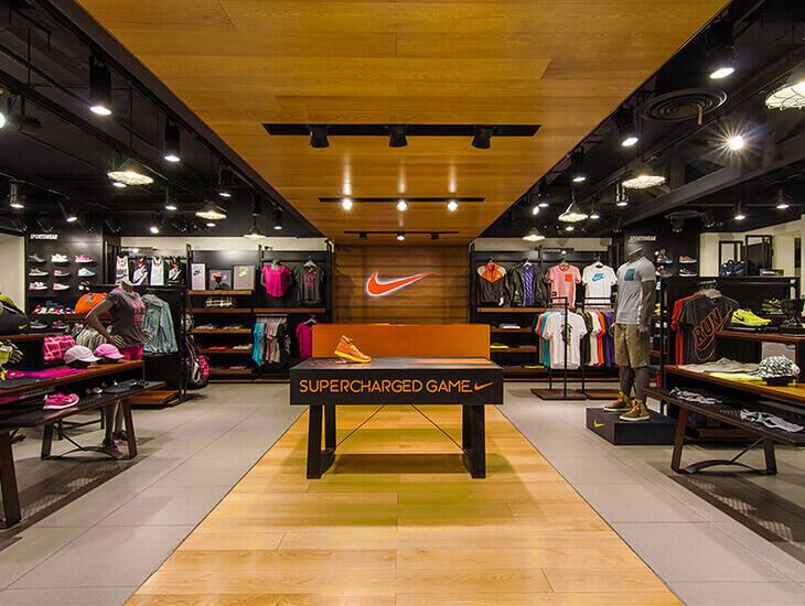 Доставка с Nike в Украину | Заказ и доставка товара с Nike ...